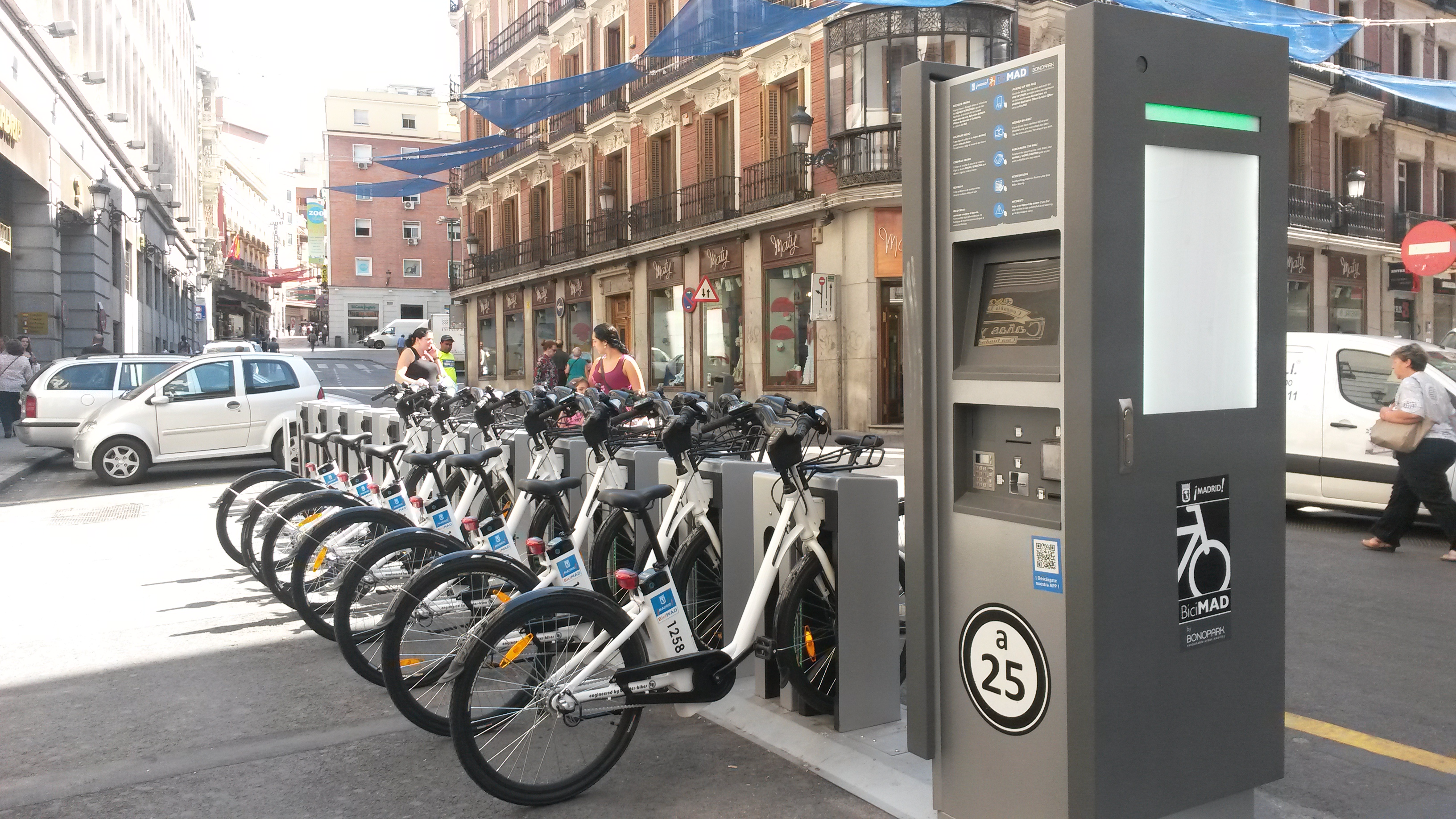 Madrid: Public Bike, Bicimad, It Is Cheap Or Expensive?