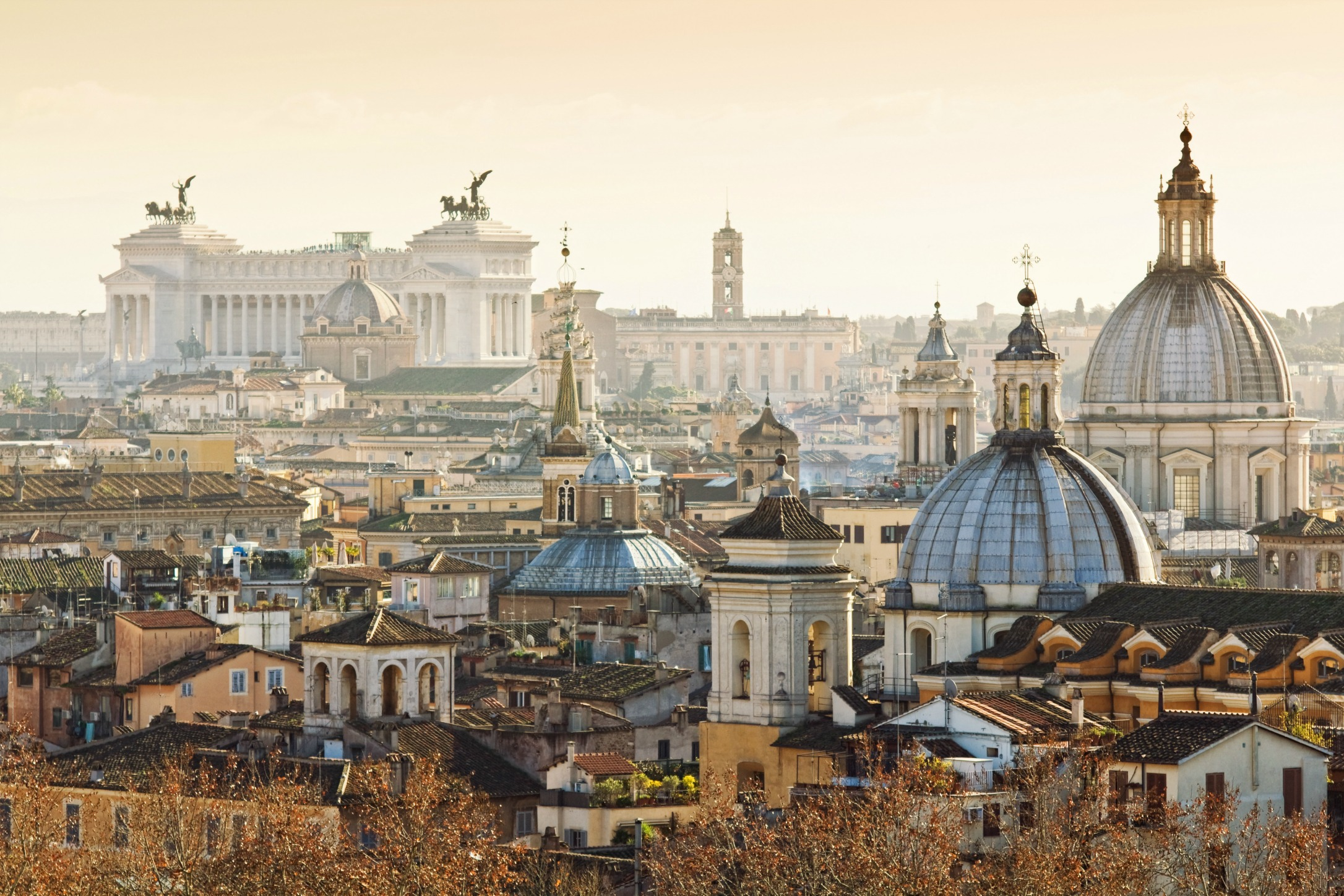 The 5 Most Romantic Rooftop Bars In Rome The Spotahome Blog