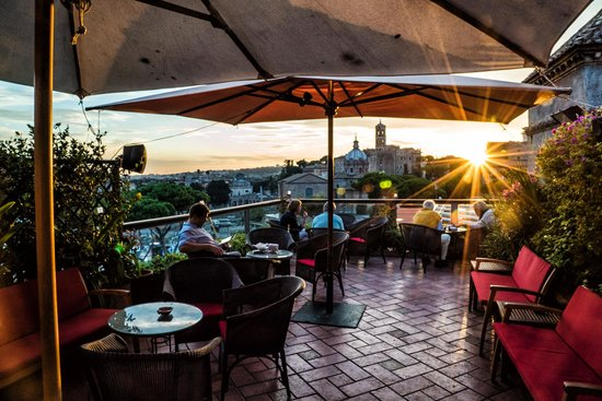 5 Most Romantic Rooftop Bars in Rome - The Spotahome Blog