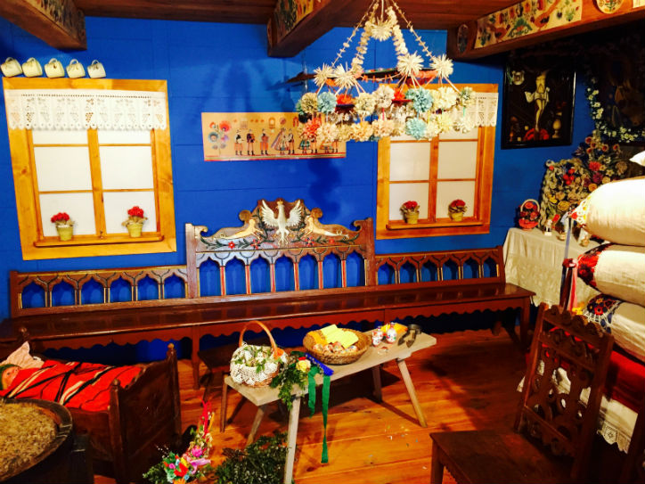 PL-EASTER_Interior-of-a-reconstructed--owicz-traditional-cottage-at-the-Museum-of--owicz