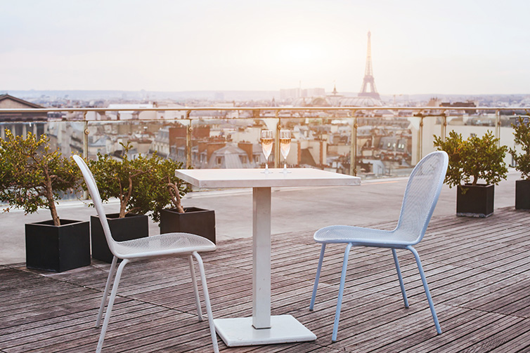 rooftop_paris_summer