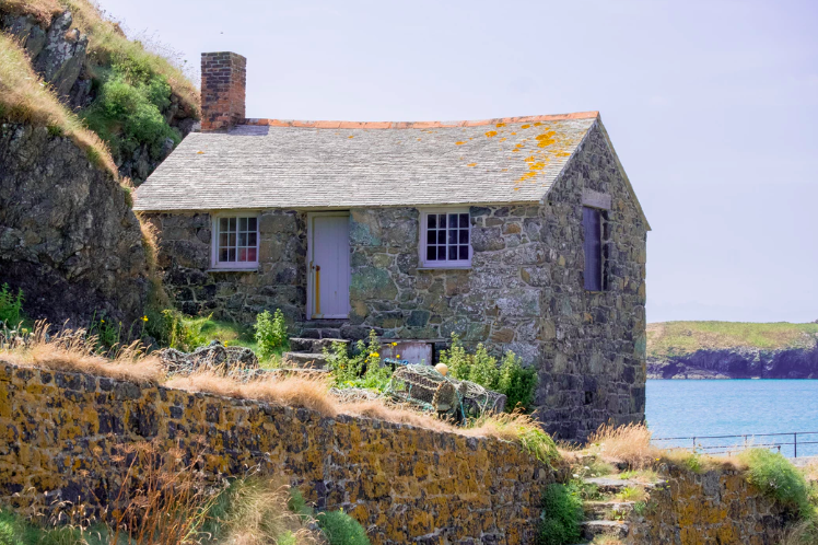 Best-Christmas-Getaways-from-London-Cornwall